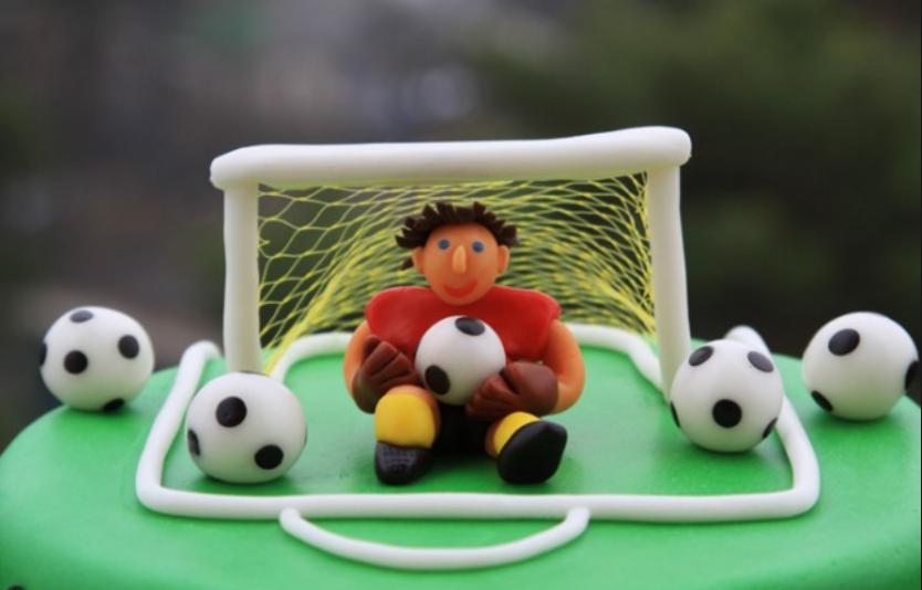 Поздравить с днем рождения юного футболиста картинки